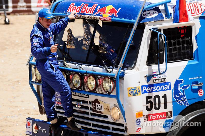 Podium catégories Camions Dakar 2010 :  Eduard Nikolaev