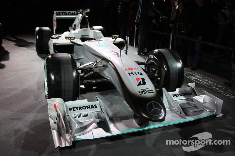 La Brawn GP de 2009 décorée de la nouvelle livrée 2010