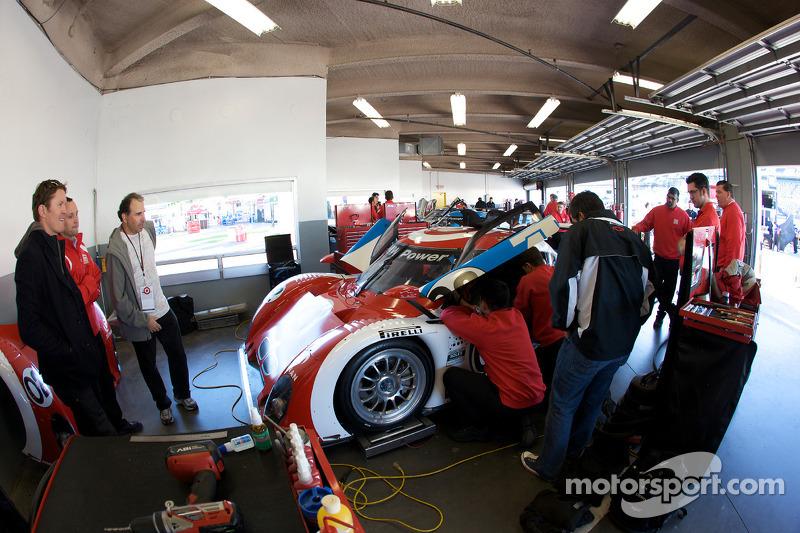 Chip Ganassi Racing met Felix Sabates garage