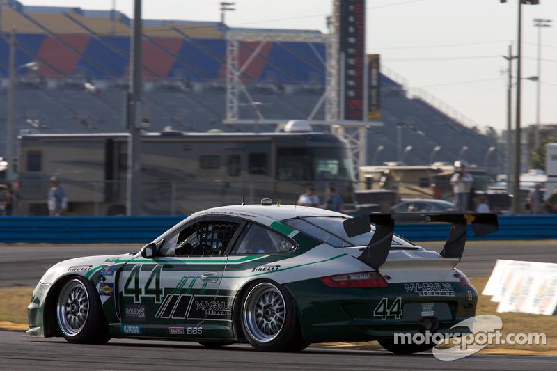 #44 Magnus Racing Porsche GT3: Jeroen Bleekemolen, Richard Lietz, John Potter, Craig Stanton