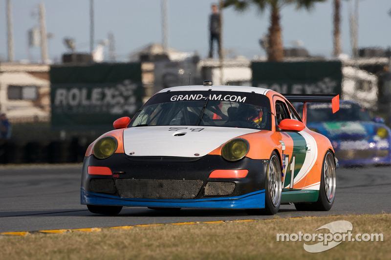 #71 TRG Porsche GT3: Timo Bernhard, Romain Dumas, Tim George Jr., Bobby Labonte, Spencer Pumpelly