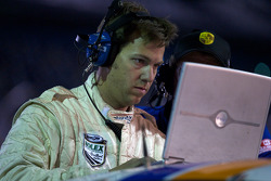#20 Matt Connolly Motorsports Porsche GT3: Christophe Lapierre, Jos Menten, Markus Palttala, Oskar Slingerland in the pit with engine problem