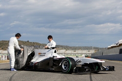 Pedro de la Rosa, BMW Sauber F1 Team and Kamui Kobayashi, BMW Sauber F1 Team unveil the new BMW Sauber C29