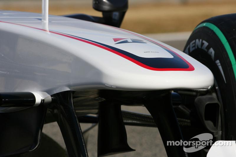 La nouvelle BMW Sauber C29, détails de l'aileron avant