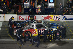 Pit stop for Ken Schrader, Red Bull Racing Team Toyota