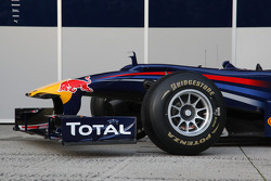 The new Red Bull RB6, nose cone front wing