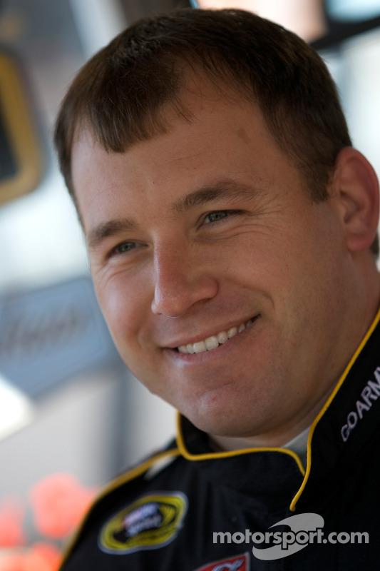 Ryan Newman, Stewart-Haas Racing Chevrolet met de media