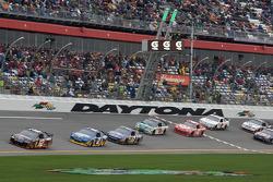 Brad Keselowski, Penske Racing Dodge leads Kurt Busch, Penske Racing Dodge
