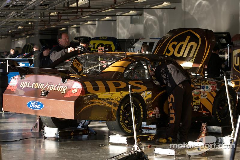 Roush Fenway Racing Ford: garage