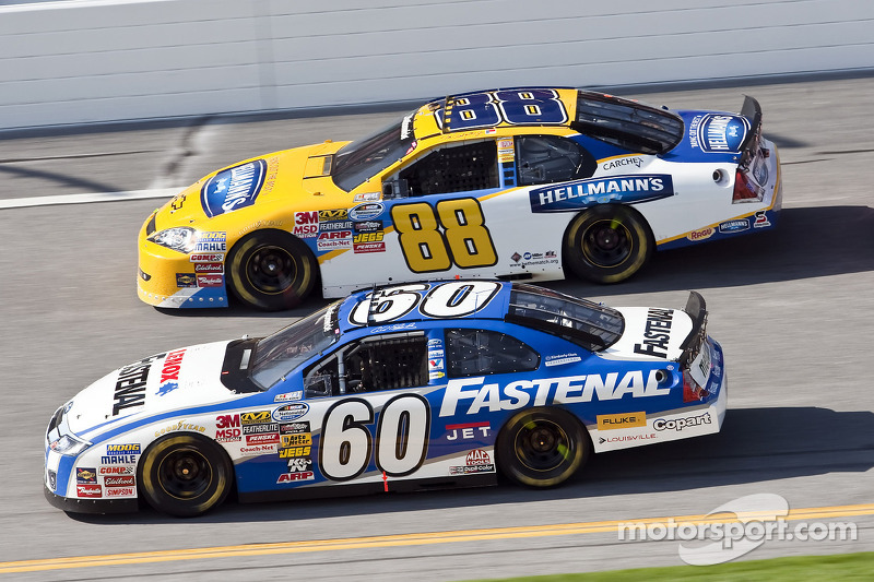 Carl Edwards en Dale Earnhardt Jr.