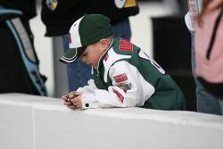 Een jonge fan van Dale Earnhardt Jr.