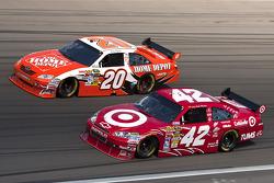 Juan Pablo Montoya, Earnhardt Ganassi Racing Chevrolet and Joey Logano, Joe Gibbs Racing Toyota
