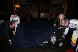 Olivier Panis, Nicolas Lapierre and Hugues de Chaunac unveil the ORECA-Matmut Peugeot 908 HDi FAP