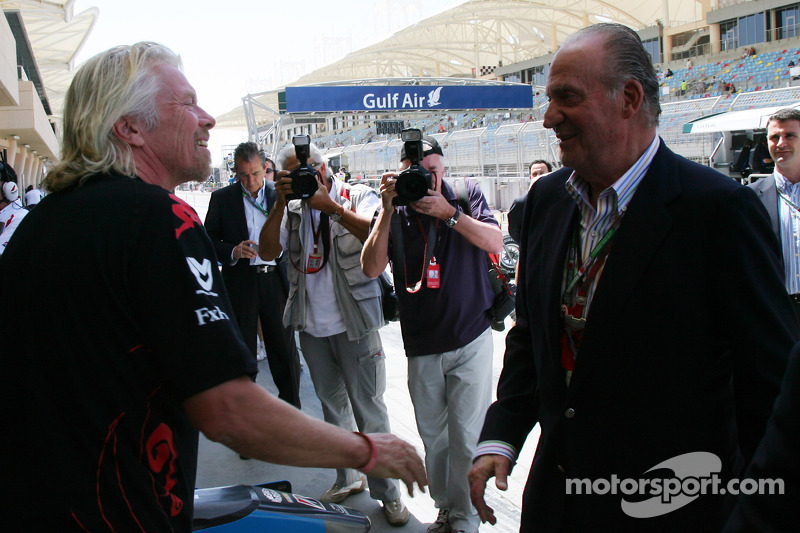 Sir Richard Branson, voorzitter Virgin Group met Koning Carlos van Spanje
