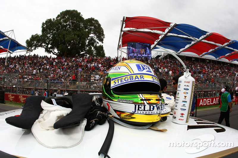 Casque de James Courtney