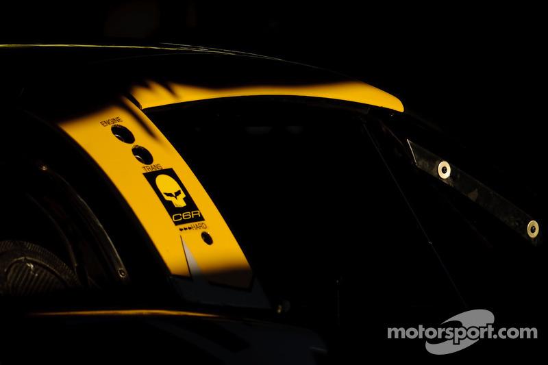Corvette C6R in de paddock