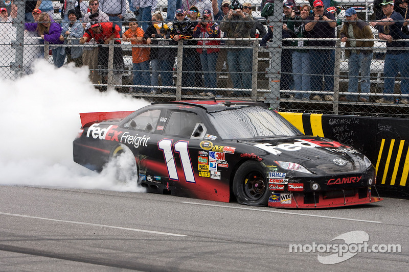 2010, Martinsville 1: Denny Hamlin (Gibbs-Toyota)