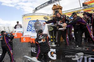 2010 Victory lane: race winner Denny Hamlin, Joe Gibbs Racing Toyota celebrates