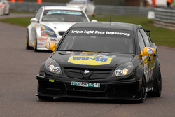 Phil Glew Triple Eight Racing Vauxhall Vectra