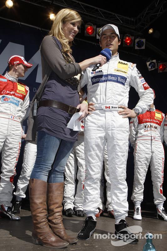 Verona Wriedt met Bruno Spengler, Team HWA AMG Mercedes C-Klasse