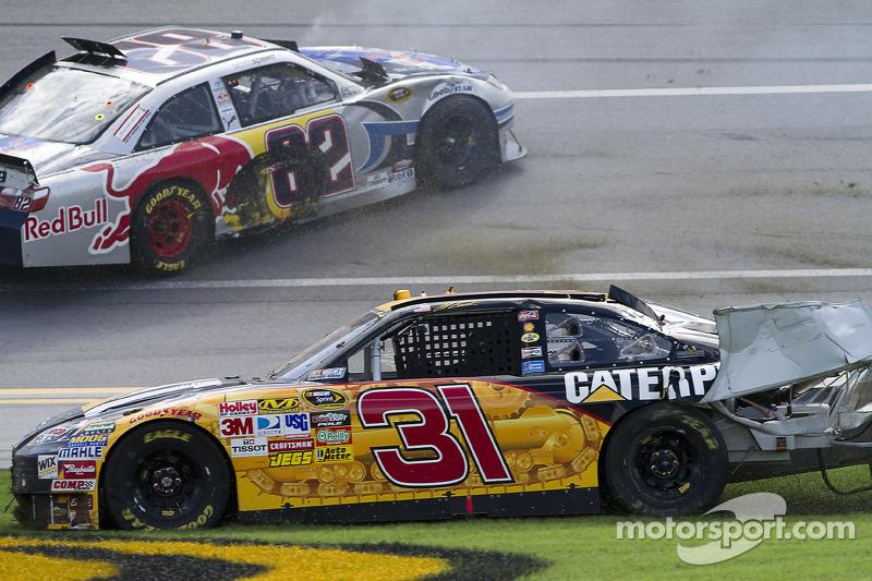 Frühjahr 2010: Crash mit Jeff Burton und Scott Speed