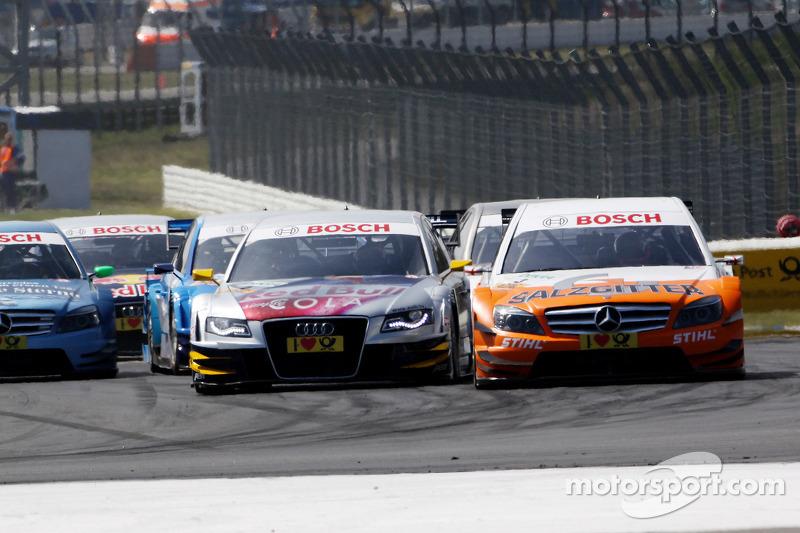 Start: Gary Paffett, Team HWA AMG Mercedes C-Klasse en Martin Tomczyk, Audi Sport Team Abt Audi A4 D