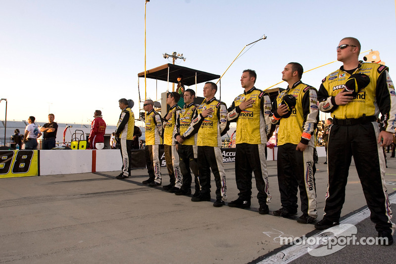 Menard's Ford crew
