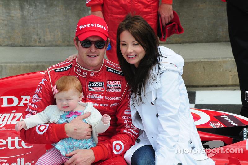 Scott Dixon en Emma Dixon en dochter