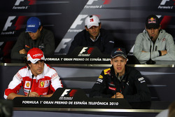 Bruno Senna, Hispania Racing F1 Team, Fernando Alonso, Scuderia Ferrari, Pedro de la Rosa, BMW Sauber F1 Team, Sebastian Vettel, Red Bull Racing, Jaime Alguersuari, Scuderia Toro Rosso