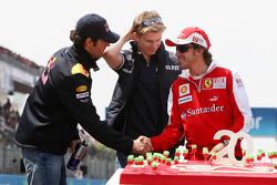 Mark Webber, Red Bull Racing, Nico Hulkenberg, Williams F1 Team, Fernando Alonso, Scuderia Ferrari