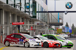 Cars on pitlane
