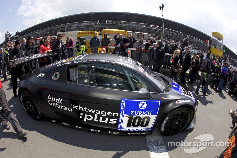 De pole wagen #100 Team Abt Sportsline Audi R8 LMS