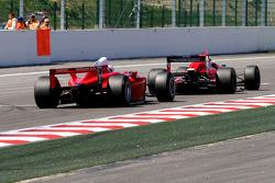 #32 Dan Daly, Reynard 92D F3000 and #21 Karl-Heinz Becker, Dallara Nissan WS