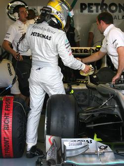 Nico Rosberg, Mercedes GP getting in the car