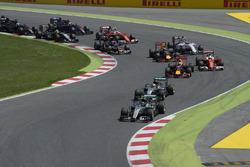 Nico Rosberg, Mercedes AMG F1 W07 Hybrid; Lewis Hamilton, Mercedes AMG F1 W07 Hybrid