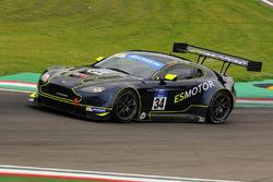 #34 TF Sport Aston Martin V12 Vantage GT3: Salih Yoluc, Euan Hankey