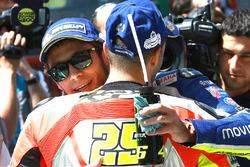 Ganador de la pole Valentino Rossi, Yamaha Factory Racing, ty el tercer calificado Andrea Iannone, Ducati Team
