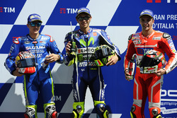 Polesitter Valentino Rossi, Yamaha Factory Racing, second place qualifying for Maverick Viñales, Team Suzuki MotoGP, third place qualifying for Andrea Iannone, Ducati Team