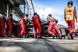 #6 Phoenix Racing, Audi R8 LMS: Christopher Haase, René Rast, Markus Winkelhock, Frank Stippler