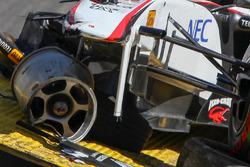 Das Auto von Sergio Perez, Sauber F1 Team, nach seinem Crash