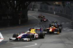 Фило Паз Арманд, Trident едет впереди Джордана Кинга, Racing Engineering