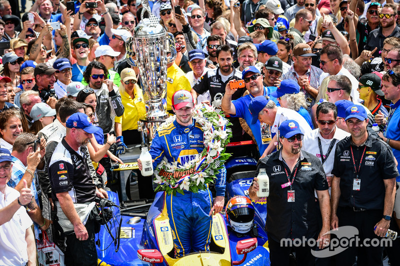 Rookie-Sieg beim 100. Indy 500