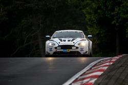 #65 Aston Martin Test Center, Aston Martin Vantage V12: Heinz-Jürgen Kroner, Wolfgang Schuhbauer, Dr. Ulrich Bez