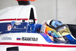 Matevos Isaakyan, Koiranen GP