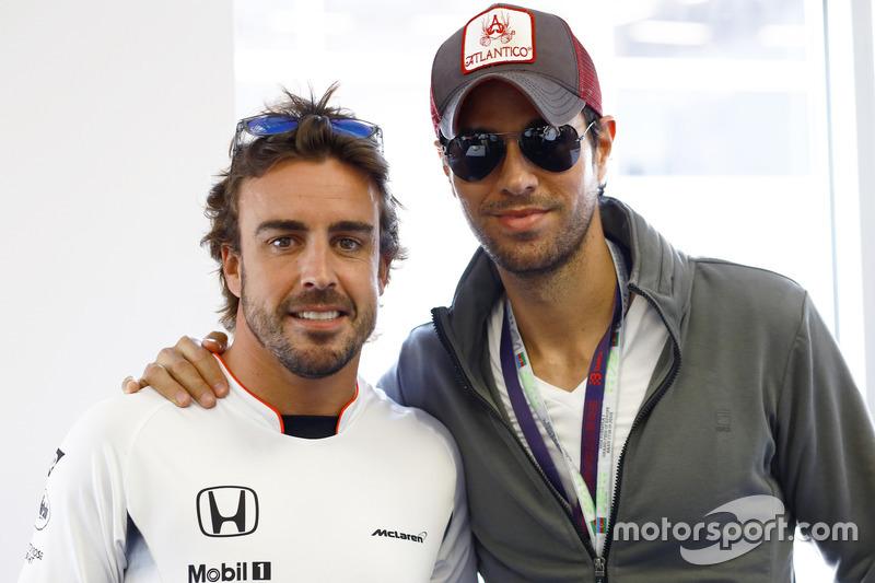 Fernando Alonso, McLaren with Enrique Iglesias, Singer