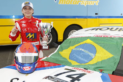 Pemenang lomba Enzo Fittipaldi