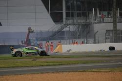 #128 Gohm Motorsport Ferrari 458 Challenge Evo: Christian Kinch kecelakaan