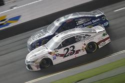 David Ragan, BK Racing Toyota, Ricky Stenhouse Jr., Roush Fenway Racing Ford