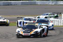 #59 Garage 59 McLaren 650S GT3: Martin Plowman, Cテエme Ledogar