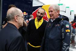 Cyril Abiteboul, Renault Sport F1 Director de manejo y Dr Helmut Marko, Red Bull Motorsport Consultor
